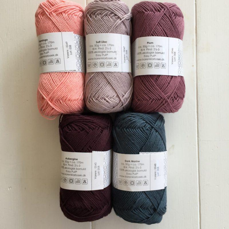 Nye farver i 8/4 bomuldsgarn fra Karen Klarbæk. Også farverne sort, hvid og råhvid er nu kommet i 8/8.